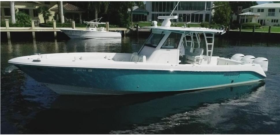 Sold - 35 Everglades 2016
